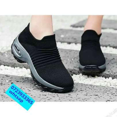 Latest shoe at affordable price image 3