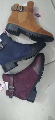 Ladys boots image 1