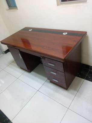 1.4m Executive office desks - for limited office space image 2