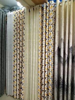CURTAINS AND BLINDS DECORATIVE FOR YOUR OFFICE OR ROOM image 3