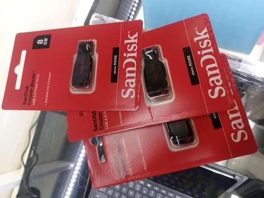 8GB Sandisk Flash Disk image 1