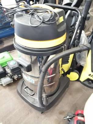 Wet and dry vacuum cleaner image 4