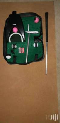 Golf Trainer Collapsible Travel Kit. image 6