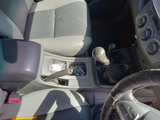 TOYOTA HILUX 4/4 DOUBLE CAB 2012 image 2