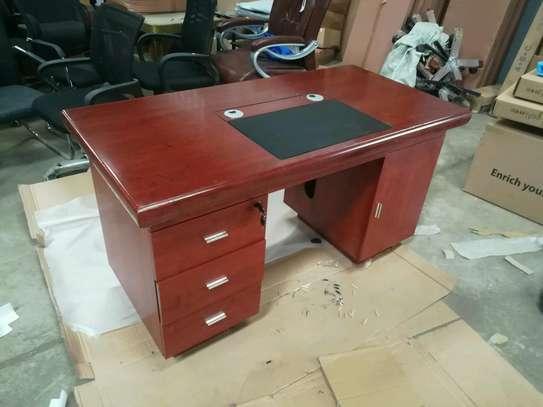 Executive office desk 809 image 2
