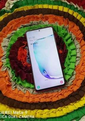 Samsung Note 10 Lite image 2