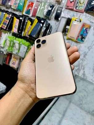 Iphone 11 pro *Gold 256GB * image 2