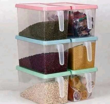 Storage containers with handle image 2