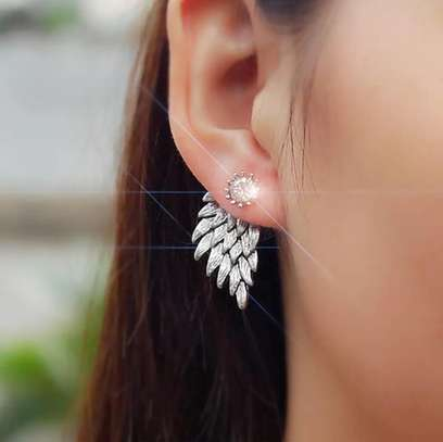 Small and extended earrings