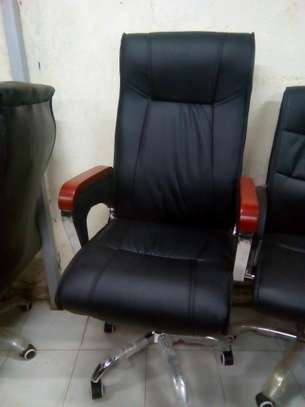 Office Chairs image 11