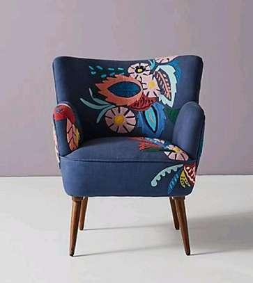 sofas/modern sofas/One seater sofa image 1