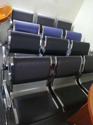 Vistor waiting seats image 5