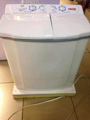 Fresh washing machine 9 kg wash and spin FWT10500NA image 1