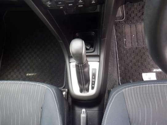 Suzuki Swift GA image 7