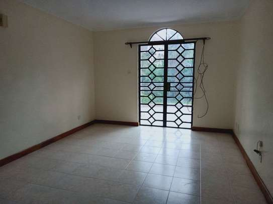 4 bedroom townhouse for rent in Brookside image 14