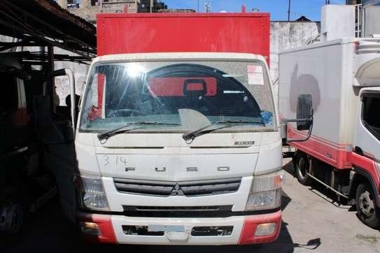 Mitsubishi Fuso image 6