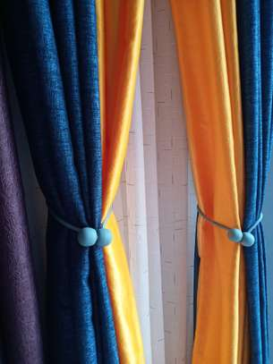 Throw pillows and curtains image 3