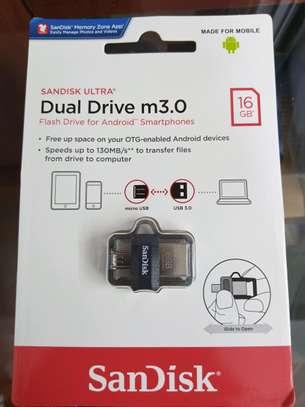 SanDisk Ultra 16GB Dual Drive m3.0 image 1