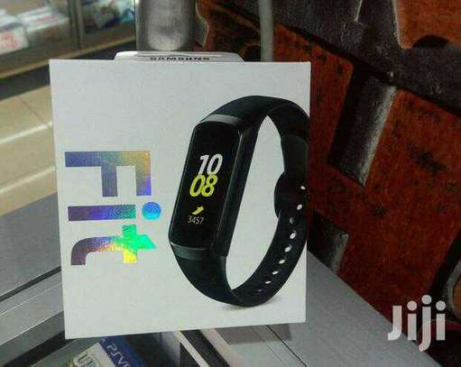 Samsung Galaxy fit image 1
