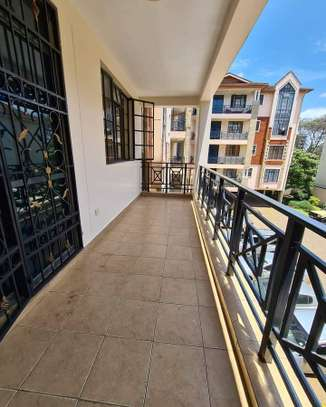 Stunningly Beautiful 3 Bedrooms Apartments in Kileleshwa image 3