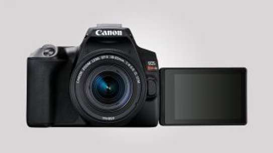 NEW Canon EOS 250D REBEL SL3 24.1 MEGAPIXELS