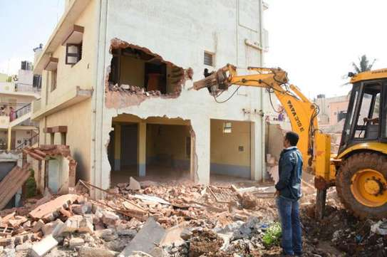 Are you looking for: Demolition| Handyman Service| Wallpaper Removal and more ? image 4