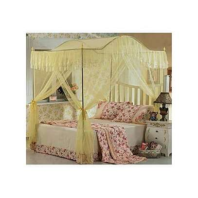 Mosquito Net with 4 Metallic Stands-Curved Top image 3
