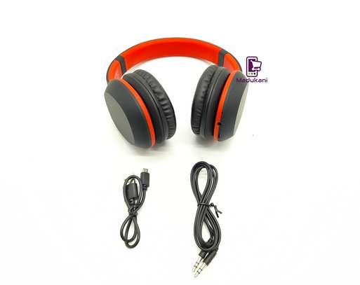 Celebrat A18 Bluetooth v5.0 Lightweight Active Noise Reduction Headphones image 3