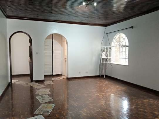 5 bedroom house for rent in Lavington image 1