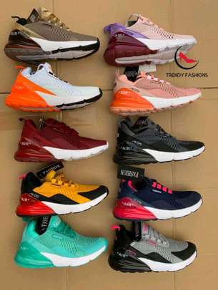Latest fashion sneaker image 1