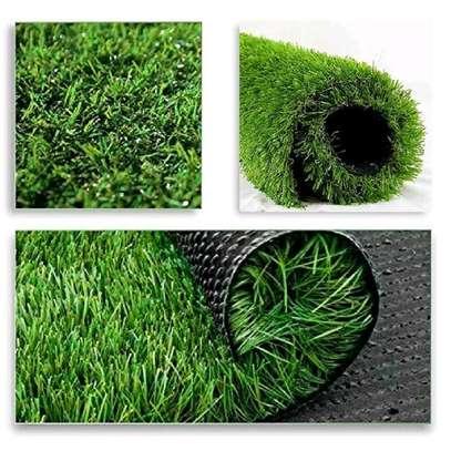 Astonishing  grass carpet image 1