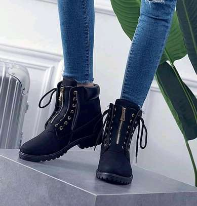 Unisex Black Timberlands