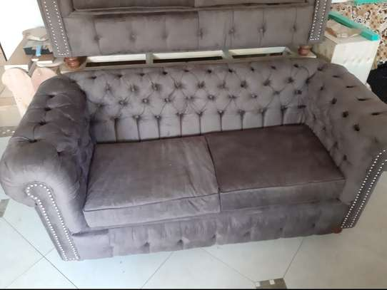 Chesterfield sofa 6seater brand new image 4