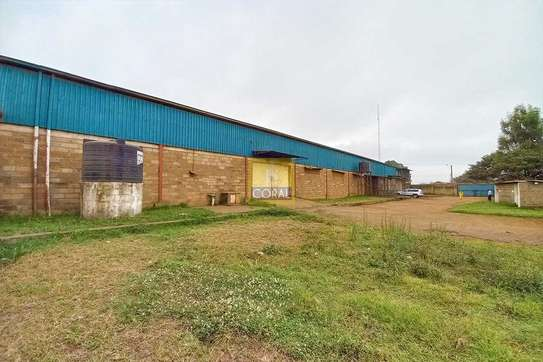 15000 ft² warehouse for rent in Kikuyu Town image 2