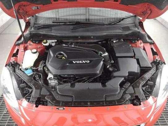 Volvo V40 image 6