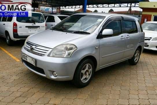 Toyota Raum image 1