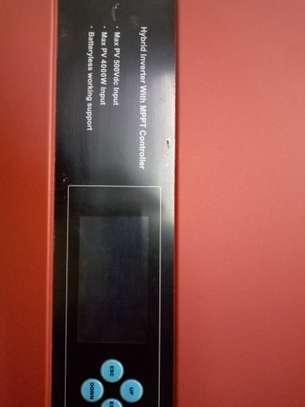 Solar hybrid inverter image 6