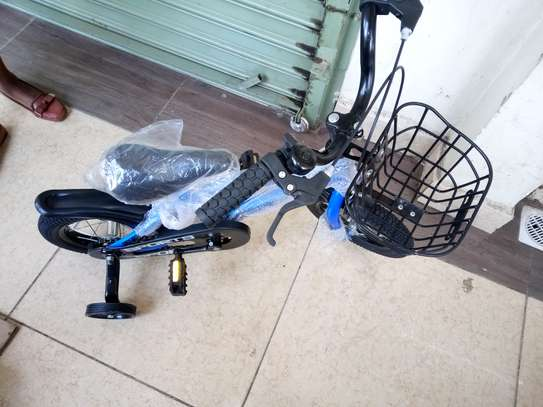 Tricycle image 3