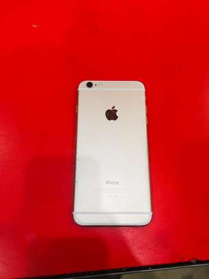 iPhone 6 16Gb 4 months used,still in good condition with receipt image 2