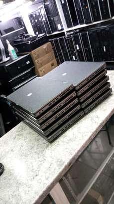 HP ProBook 6470b - 14 - Core i3 3520M - Windows 10 Pro 64-bit - 4 GB RAM - 500 GB HDD image 2