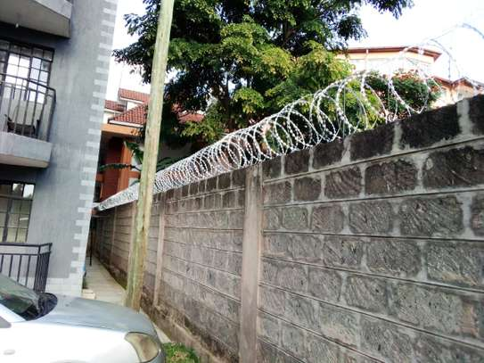 electric fence Installation in kenya & Razor wire supply and installation in Kenya,Electric Fence & Razor Wire Supply and Installation in kenya Materials services image 4