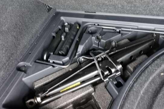 Lexus RX 450h image 2
