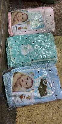 Baby shawl image 2
