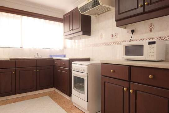 Furnished 2 bedroom apartment for rent in Valley Arcade image 7