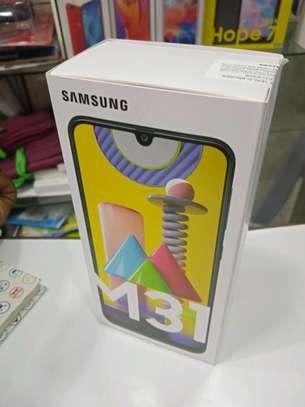 Samsung M31 new 128gb 6gb ram 6000mAh battery 64mp camera