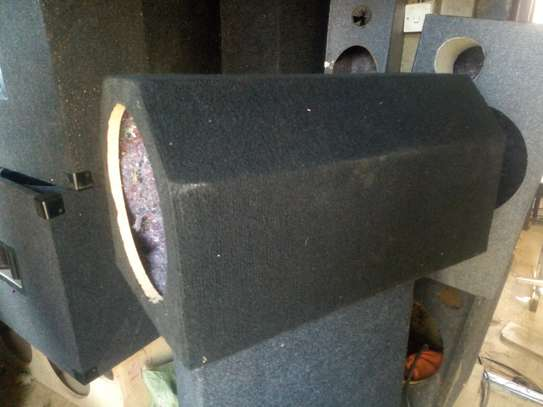 BOOT SPACE SAVING  12 INCH BASS TUBE image 1