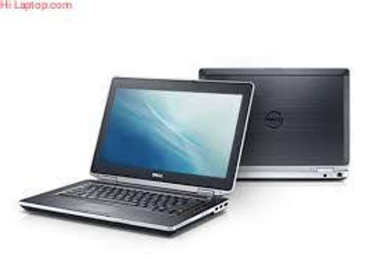 DELL LATITUDE E5520 CORE i5 4GB/250GB