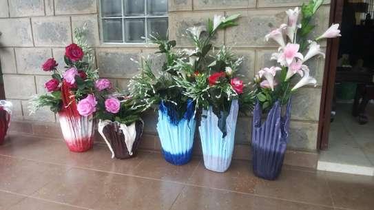 FLOWER VASES image 3