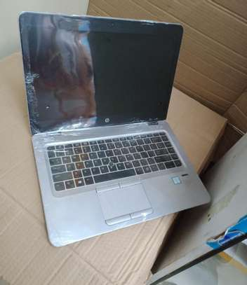 Laptop HP EliteBook 840 G3 8GB Intel Core I7 SSD 256GB image 2