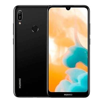 "Huawei Y6 2019 Dual Sim 32GB 2GB RAM 13 MP 4G  6.09"" image 1"